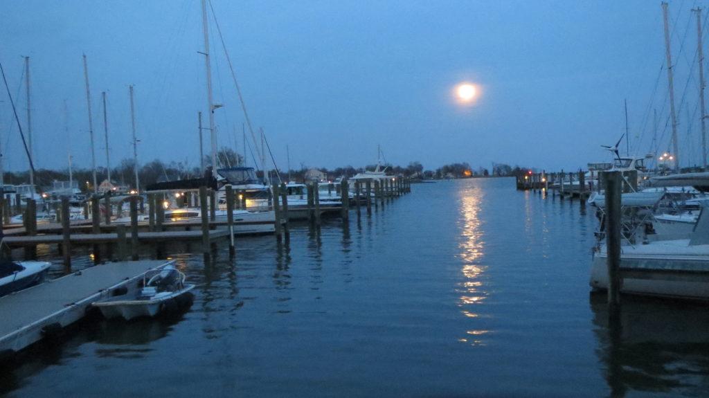 Herrington Harbour North - moonrise at the marina